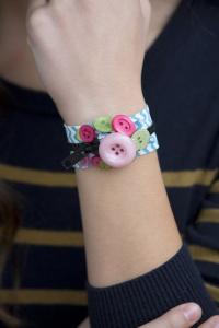 bracelets_219-200x300