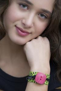 bracelets_246-200x300