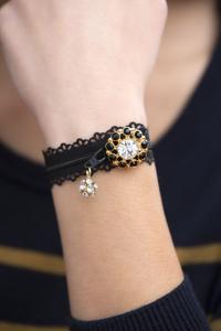 bracelets_282-200x300